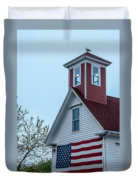 Tenants Harbor Wayside Inn Duvet Cover by Daniel Hebard