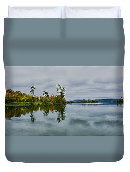 Duvet Cover featuring the photograph Tennesse River by Susi Stroud