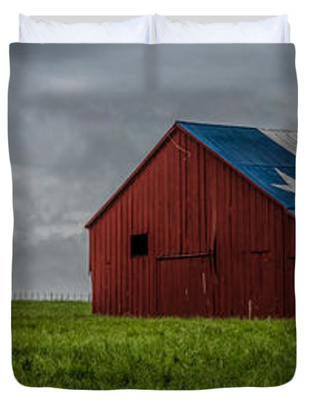 Texas Barn Panorama Duvet Cover