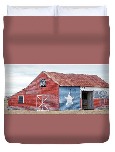 Texas Barn With Goats And Ram On The Side Duvet Cover