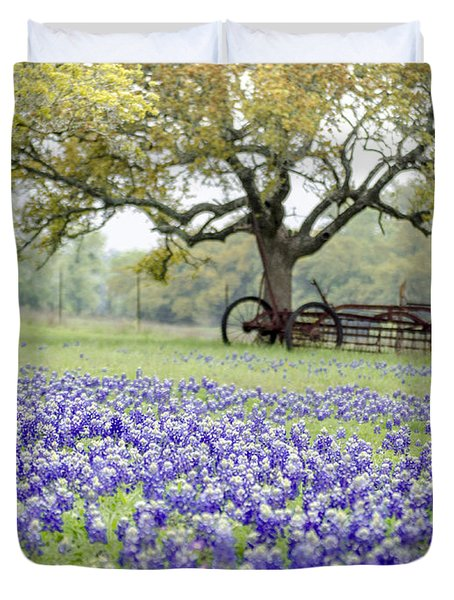 Texas Bluebonnets And Rust Duvet Cover