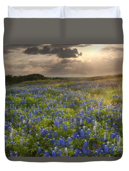 Texas Bluebonnets At Sunrise Duvet Cover