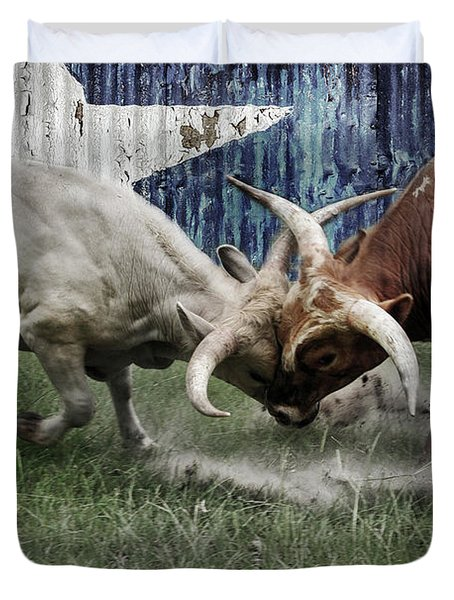 Texas Bull Fight  Duvet Cover