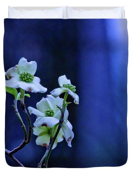 Texas Dogwood Blooms Duvet Cover