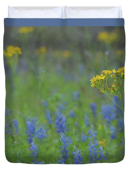 Texas Field With Blue Bonnets Duvet Cover