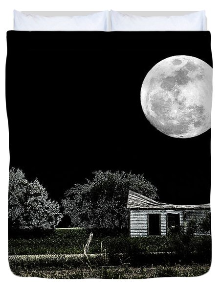 Duvet Cover featuring the photograph Texas Moon by Travis Burgess