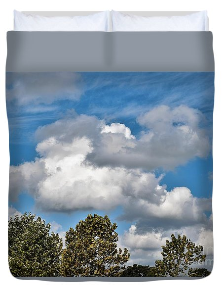 Duvet Cover featuring the photograph Texas - Reach For The Sky.   by Ray Shrewsberry