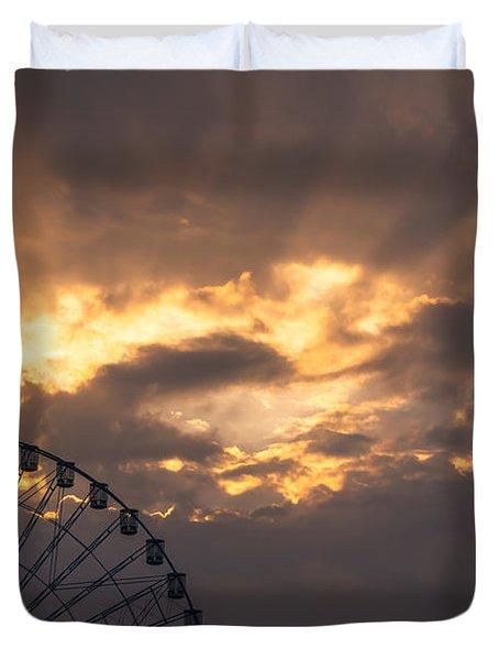 Texas Star Ferris Wheel And Sun Rays Duvet Cover