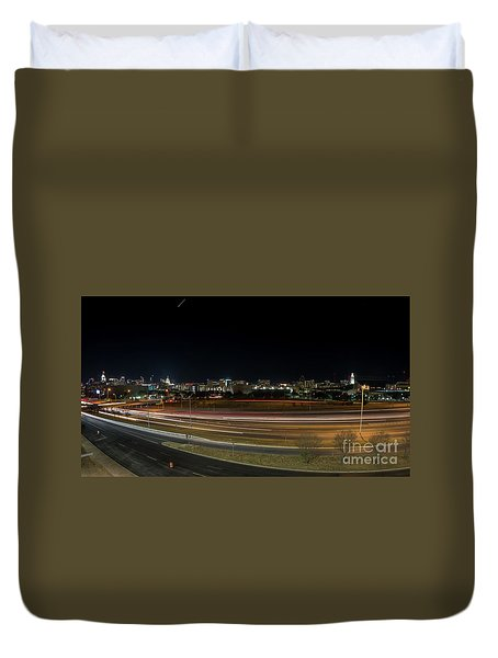 Texas University Tower And Downtown Austin Skyline From Ih35 Duvet Cover