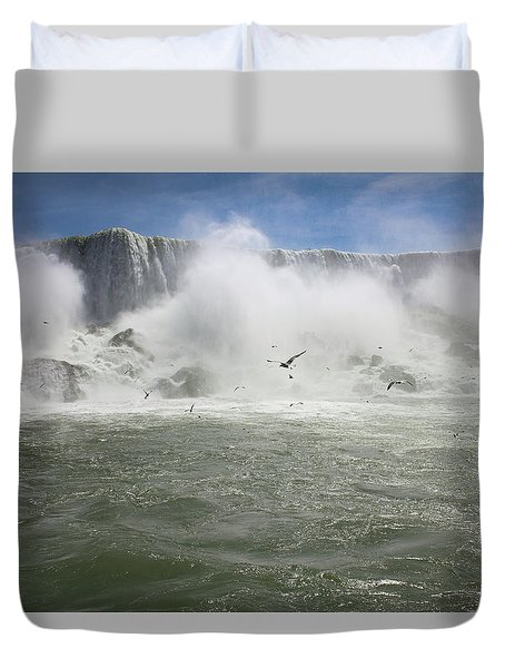 The American Falls Of Niagara Duvet Cover