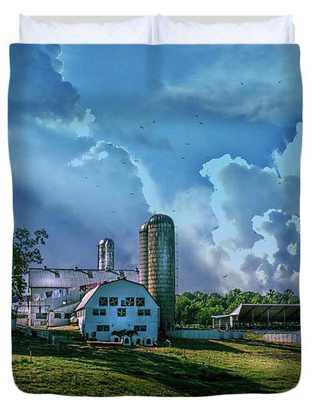 The Amish Farm Duvet Cover