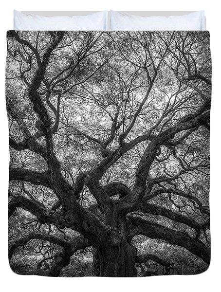 The Angel Oak Tree Bw  Duvet Cover