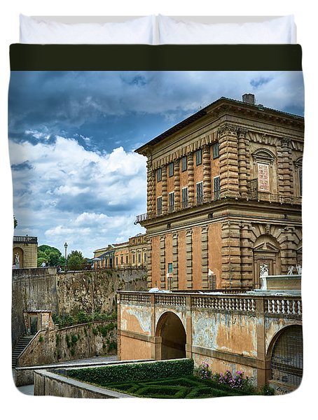 The Back Of The Pitti Palace In Florence Duvet Cover