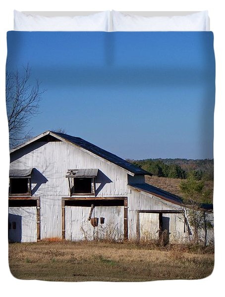 Duvet Cover featuring the photograph The Barn by Betty Northcutt