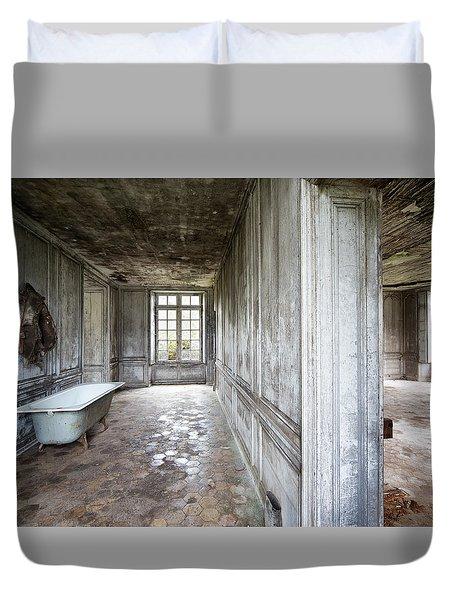 The Bathroom Next Door - Urban Exploration Duvet Cover by Dirk Ercken