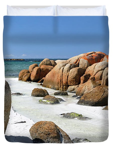 Duvet Cover featuring the photograph The Bay Of Fires by Nicholas Blackwell