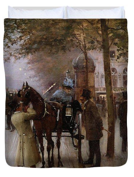 The Boulevards Duvet Cover by Jean Beraud