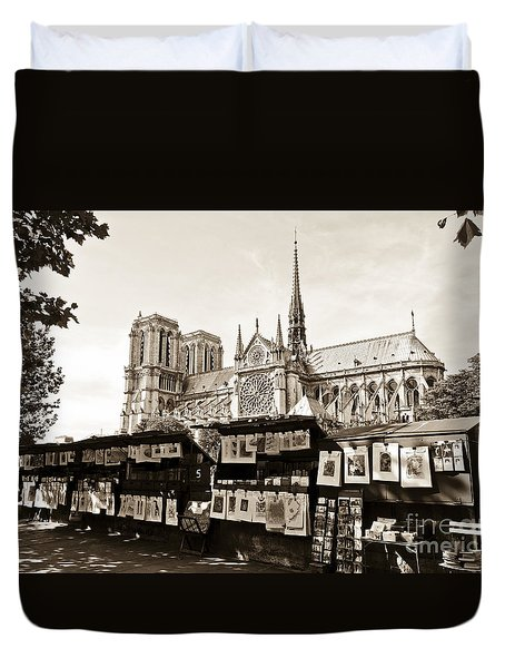 The Bouquinistes And Notre-dame Cathedral Duvet Cover