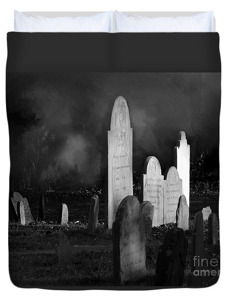 The Burying Point Salem Ma 1637 Duvet Cover by Mim White