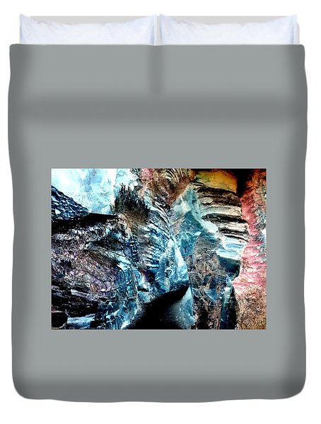 The Caves Of Q'th Duvet Cover