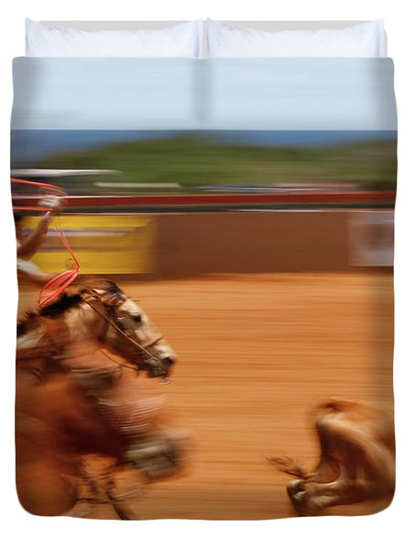 Duvet Cover featuring the photograph The Chase by Roger Mullenhour