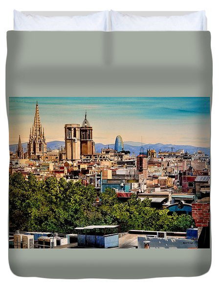 The Church's Of Barcelona Duvet Cover