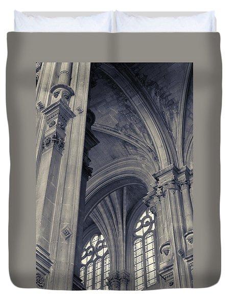 The Columns Of Saint-eustache, Paris, France. Duvet Cover by Richard Goodrich