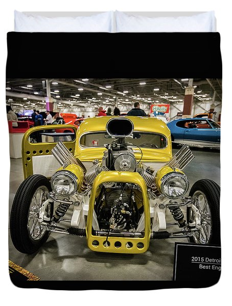 Duvet Cover featuring the photograph The Devils Beast by Randy Scherkenbach