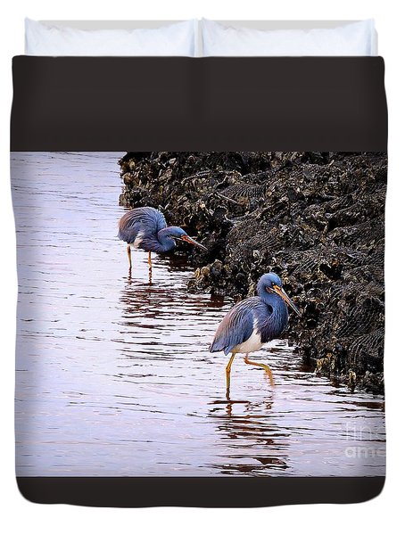 Duvet Cover featuring the photograph The Dinner by Shelia Kempf