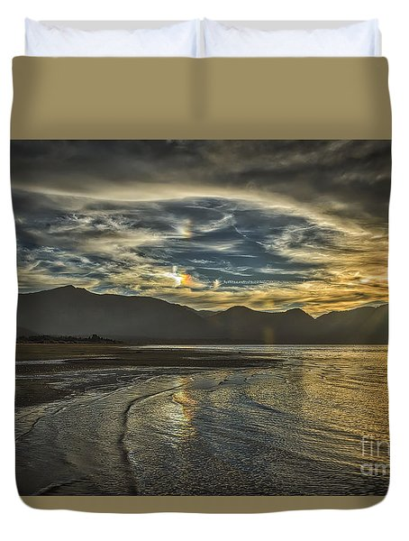 The Dog Days Of Summer Duvet Cover by Mitch Shindelbower