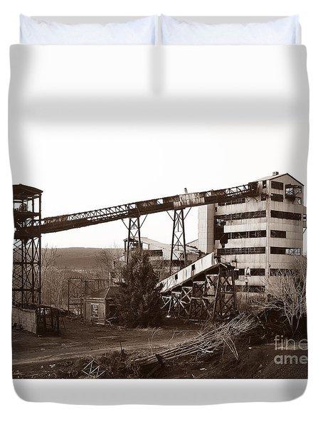 The Dorrance Coal Breaker Wilkes Barre Pennsylvania 1983 Duvet Cover