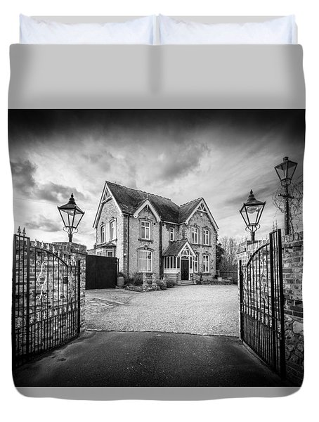 Duvet Cover featuring the photograph The Driveway by Gary Gillette