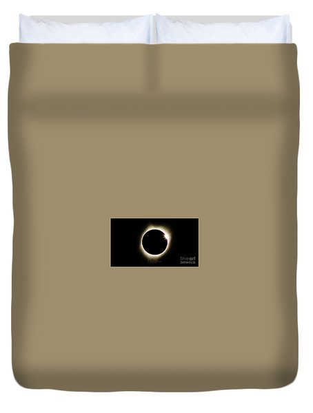 The Edge Of Totality 2 Duvet Cover