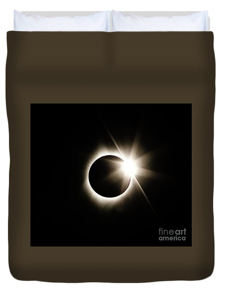 The Edge Of Totality Duvet Cover