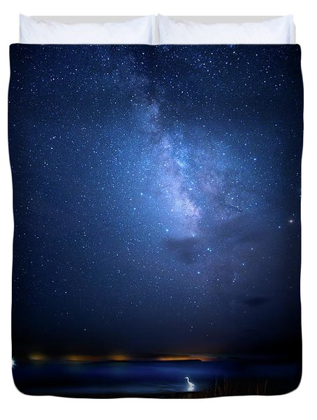 Duvet Cover featuring the photograph The Egret And The Milky Way by Mark Andrew Thomas