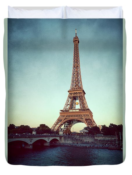 Duvet Cover featuring the photograph The Eifeltower by Hannes Cmarits