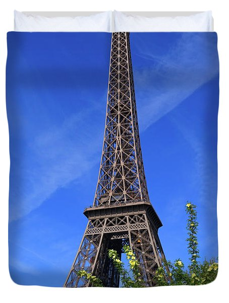 The Eiffel Tower In Spring Duvet Cover