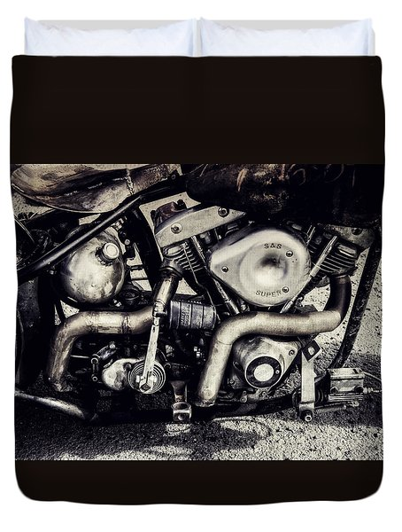 Duvet Cover featuring the photograph The Engine by Ari Salmela