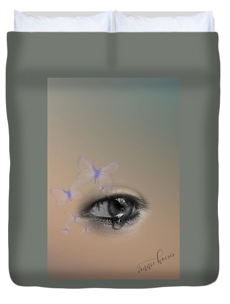 The Eyes Don't Lie Duvet Cover by Vennie Kocsis