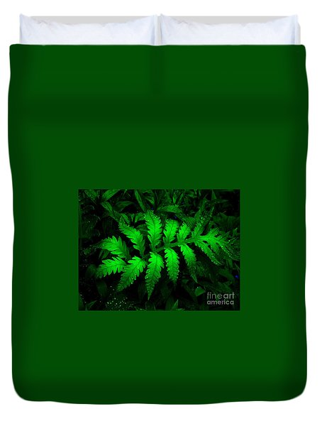 Duvet Cover featuring the photograph The Fern by Elfriede Fulda