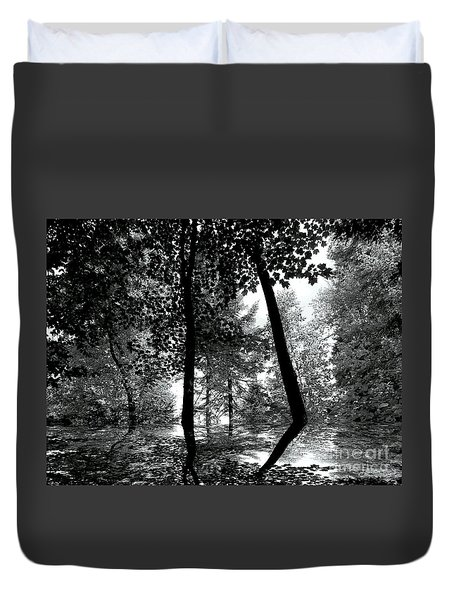 Duvet Cover featuring the photograph The Forest by Elfriede Fulda