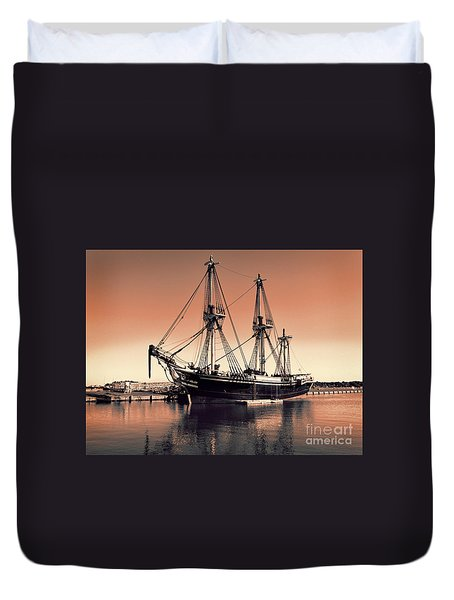 The Friendship At Derby Wharf Duvet Cover by Mim White