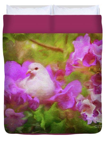 The Garden Of White Dove Duvet Cover