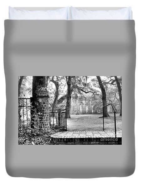 The Gates Of The Old Sheldon Church Duvet Cover
