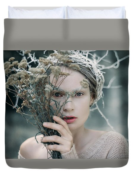 The Glance. Prickle Tenderness Duvet Cover