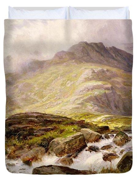 The Glyder Fawr  Duvet Cover by Edwin Pettitt