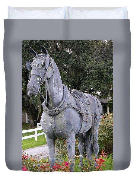 Horse At The Grand Oaks Resort Duvet Cover