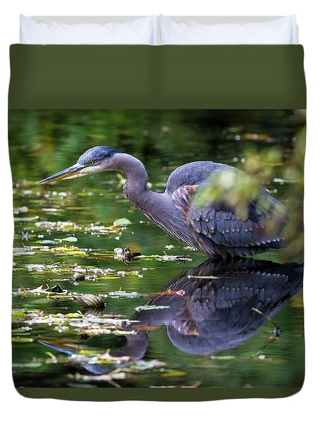 The Great Blue Heron Hunting For Food Duvet Cover by David Gn