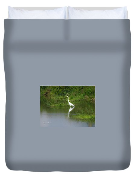 Great Egret By The Waters Edge Duvet Cover