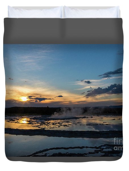 The Great Fountain Geyser Duvet Cover
